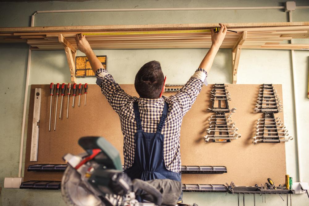 Właściwości wełny drzewnej – ocieplamy garaż